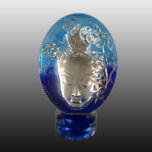 Quan-Yin-Blue-glass